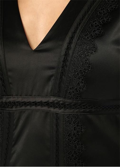 Siyah V Yaka Dantelli Midi Saten Elbise