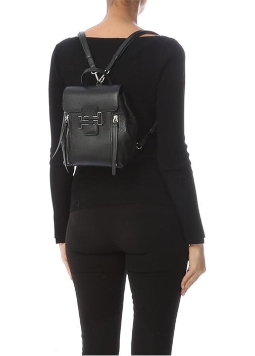 Siyah Logolu Kadın Deri Sırt Çantası