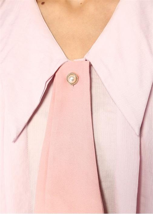 Pembe V Yaka Fularlı İnci Düğmeli Pileli Bluz