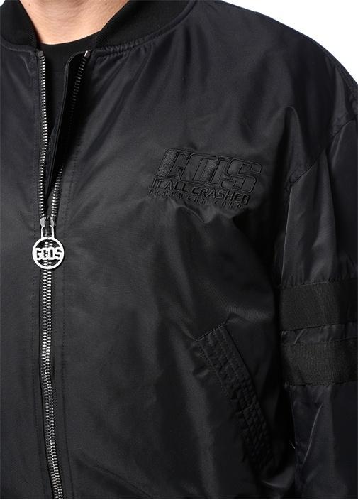 Siyah Dik Yaka Logo Nakışlı Bomber Mont