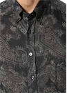 Siyah Düğmeli Yaka Etnik Desenli OxfordGömlek