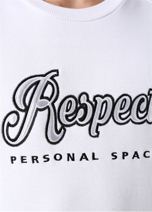 Respect Beyaz Nakışlı Sweatshirt