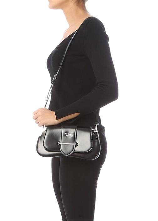 Pattina Siyah Logolu Kadın Deri Omuz Çantası