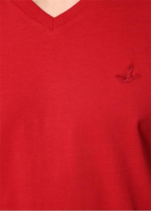 Bordo V Yaka Logolu Basic T-shirt