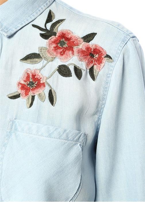 Carter Çiçek Nakış Detaylı Denim Gömlek