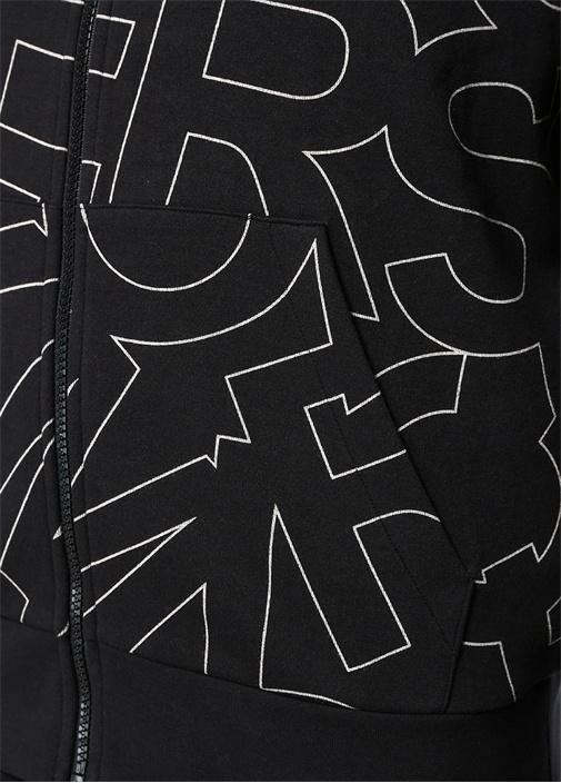 Siyah Kapüşonlu Mikro Logo Baskılı Sweatshirt