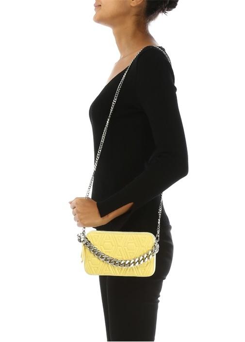 Sarı Logo Kabartmalı Kadın Deri Omuz Çantası