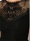 Siyah Dantelli Kolsuz Midi Kokteyl Elbise