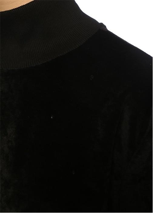 Siyah Dik Yaka Taşlı Balon Kol Kadife Sweatshirt