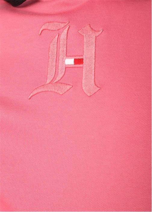 Pembe Kapüşonu Ekose Desenli Logolu Sweatshirt
