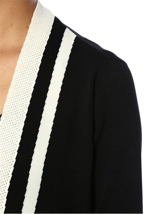 Siyah Beyaz Ajur Şeritli Mendil Formlu Hırka