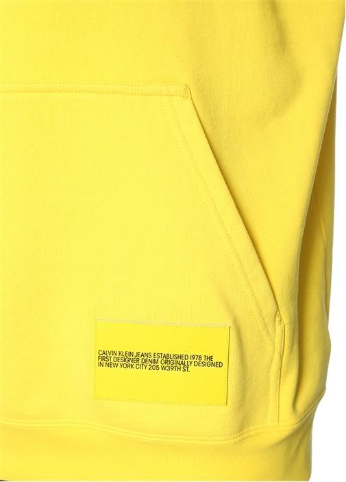 Sarı Kapüşonlu Patchli Oversize Sweatshirt