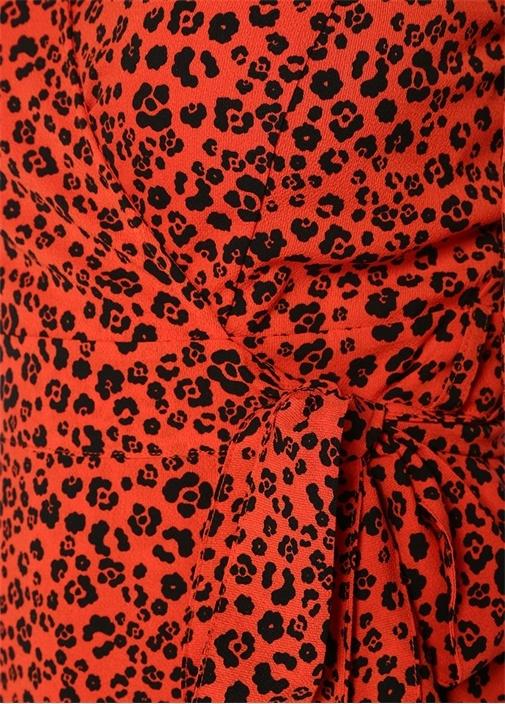 Kırmızı V Yaka Leopar Desenli Kruvaze Krep Bluz