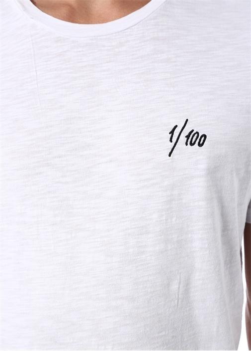Beyaz Sayı Nakışlı Basic T-shirt