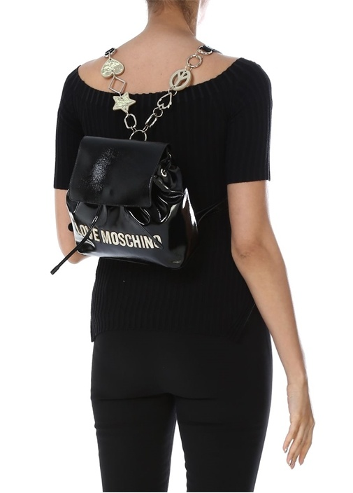 Siyah Logo Patchli Kadın Sırt Çantası