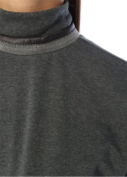 Gri Yakası Zincir Şeritli Kısa Kol Sweatshirt