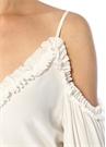 Beyaz Omzu Açık Fırfırlı Balon Kol İpek Bluz