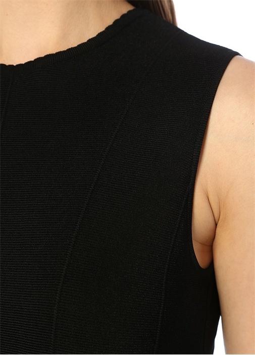 Siyah Lazer Kesim Detaylı Midi Triko Elbise