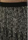 Siyah Dantel Şerit Detaylı Desenli MidiEtek