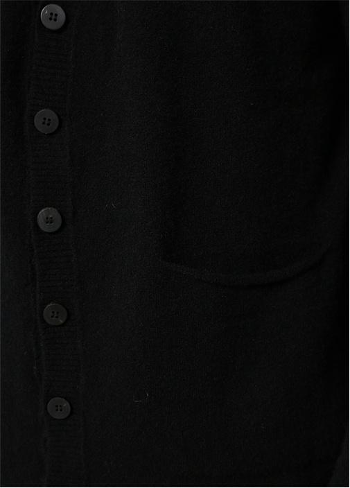 Siyah V Yaka Rib Detaylı Hırka
