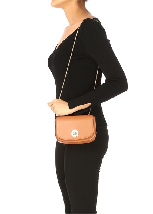 Essential Taba Logolu Kadın Deri Omuz Çantası