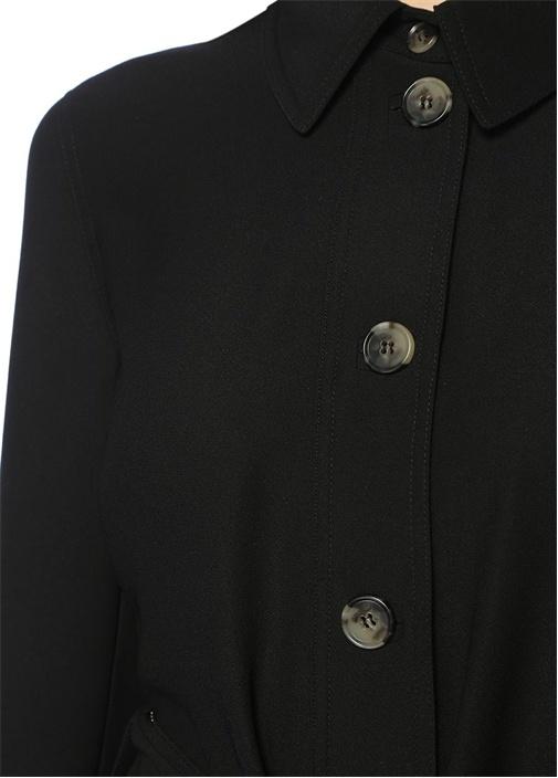 Siyah Boncuk Şerit Aksesuarlı Krep Pardösü