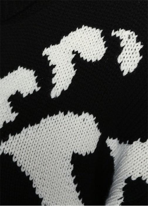 Siyah Dik Yaka Desenli Kaşmir Hırka