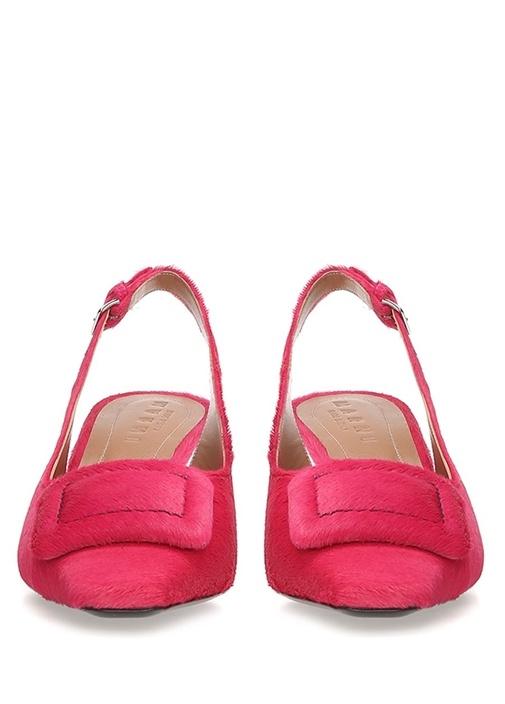 Pembe Toka Detaylı Kadın Süet Sandalet
