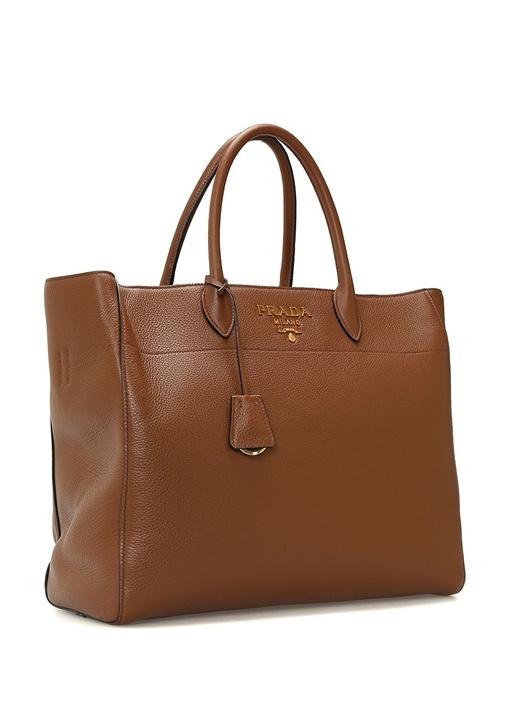 Kahverengi Gold Logolu Kadın Deri Çanta