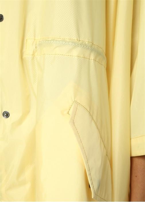 Sarı Gri Kapüşonlu Pelerin Formlu Yağmurluk