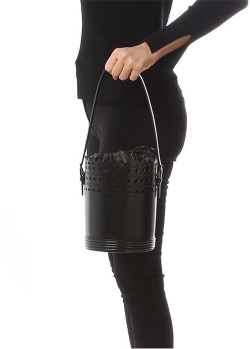 Siyah Lazer Kesim Detaylı Kadın Deri ElÇantası