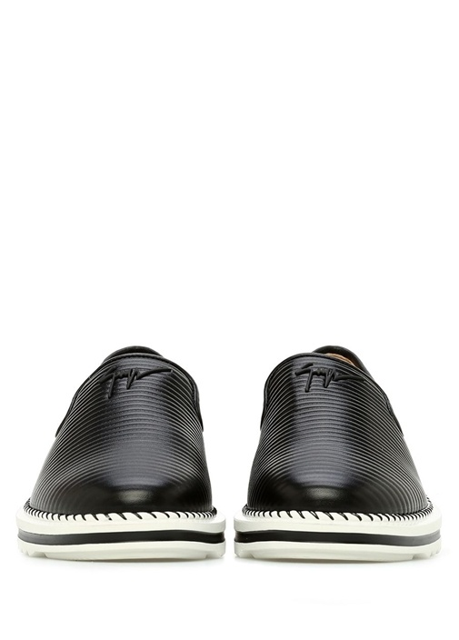Siyah Çizgi Dokulu Logolu Erkek Deri Ayakkabı