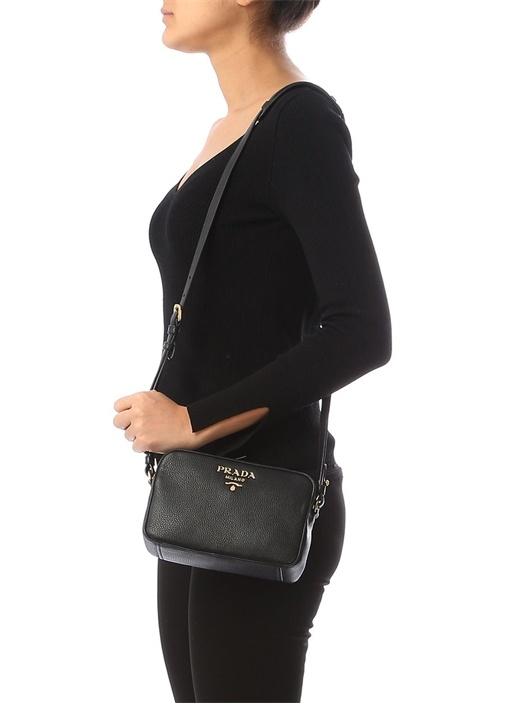 Siyah Gold Logolu Dokulu Kadın Deri Çanta