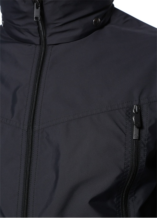 Siyah Kapüşonlu Logo Patchli Mont
