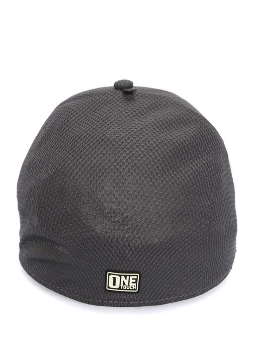 Gri Kırmızı Dokulu Logolu Erkek Şapka