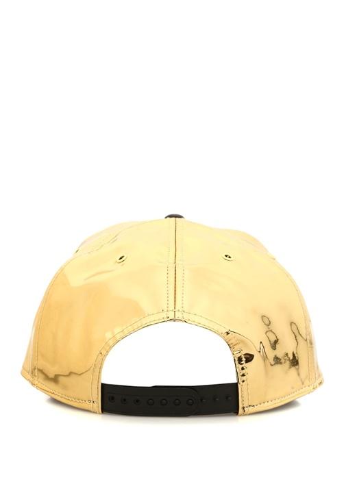 Gold Kabartmalı Logolu Kadın Şapka