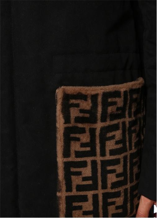 Siyah Kapüşonlu Peluş Logolu Kaban