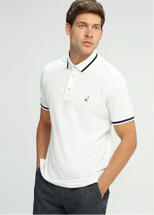 Kırık Beyaz Comfort Fit Polo Yaka T-shirt