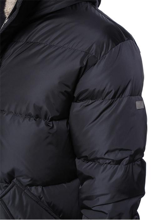 Siyah Kapüşonlu Puff Mont