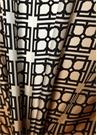 Siyah Bej Logo Baskılı Kadın İpek Fular