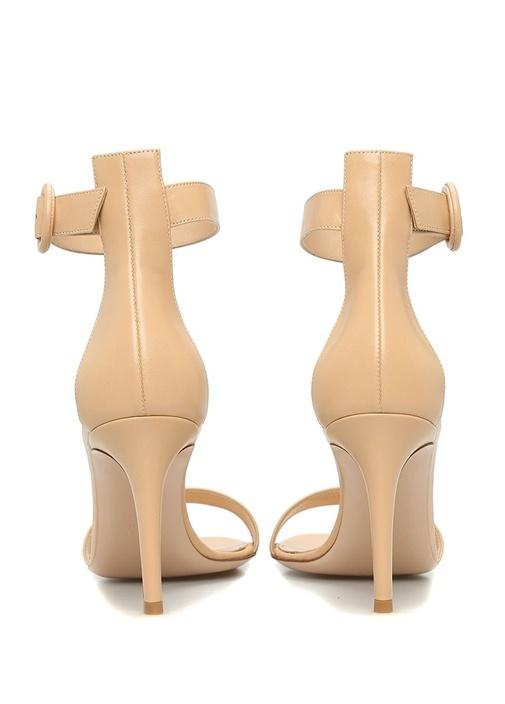 Beyaz Bantlı Kadın Süet Sandalet