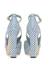 Mavi Beyaz Çizgili Kadın Deri Sandalet