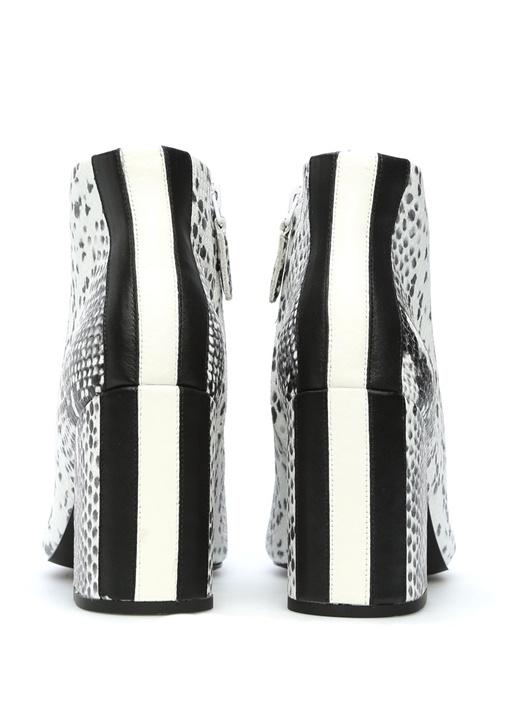 Siyah Beyaz Yılan Derisi Desenli Kadın Deri Bot