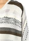 Beyaz Simli Çizgili İşlemeli Uzun Örgü Hırka