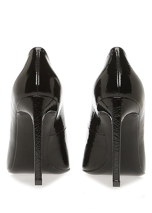 Siyah Dokulu Rugan Topuklu Ayakkabı