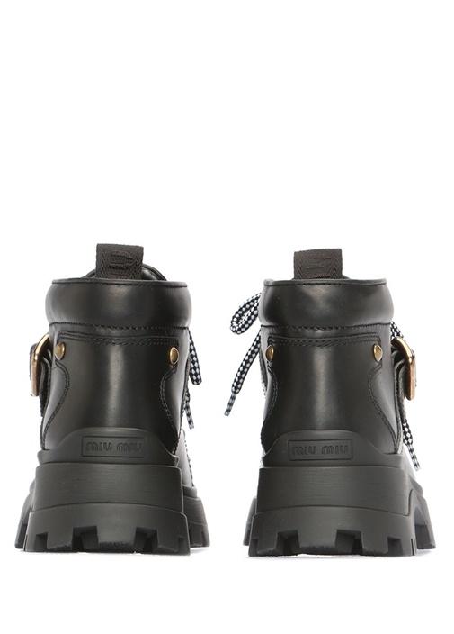 Siyah Kalın Tabanlı Kemer Detayı Kadın Deri Bot