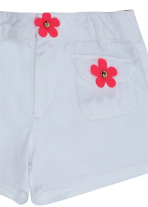 Beyaz Çiçek Patchli Kız Çocuk Denim Şort