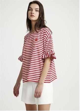 Kırmızı Beyaz Bisiklet Yaka Volanlı T-shirt