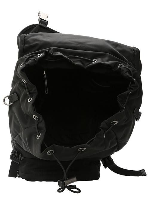 Siyah Dikiş Detaylı Logolu Erkek Sırt Çantası