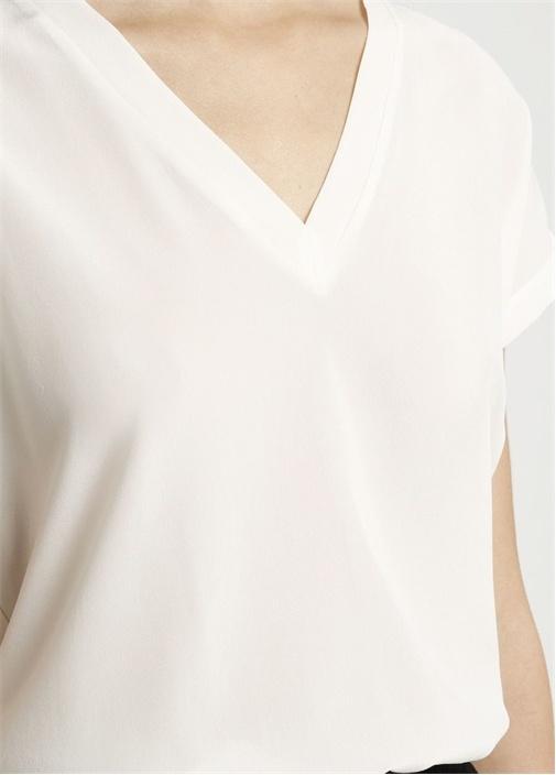 Beyaz Önü İpek V Yaka Basic Tshirt